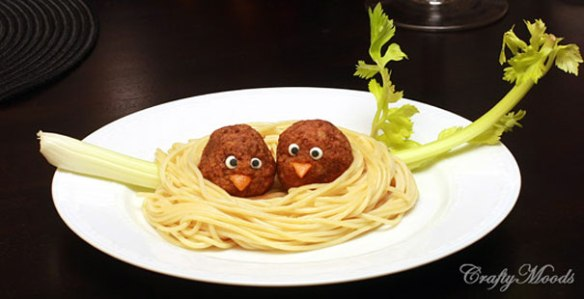 Paste Nest. Spaghetti, meatballs, candy eyes, carrot or orange peel